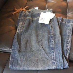 Liz Claiborne 12 Petite jeans NWT